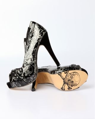 Iron Fist Mean Streak...black (vegan) platforms