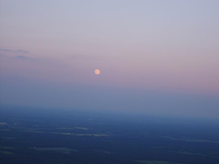 Recht tegenover de zon? De maan!