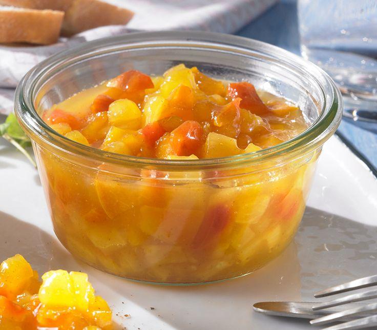 Ein fruchtiges Chutney mit Ananas und Pfirsich für sommerliche Grillabende