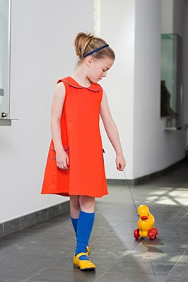 I love sweet, comfortable, age appropriate clothing designs for children. Niel en Kaat
