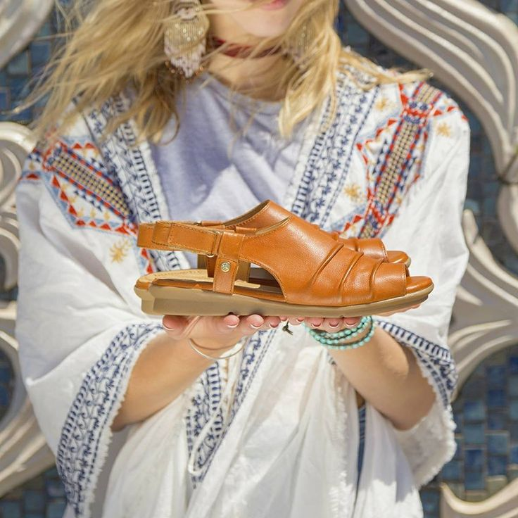 Get boho chic in the Bussola 'Baran' leather sandals. Shop: https://www.shoeconnection.co.nz/womens/sandals-slides/sandals/bussola-baran-leather-sandal?c=Papaya