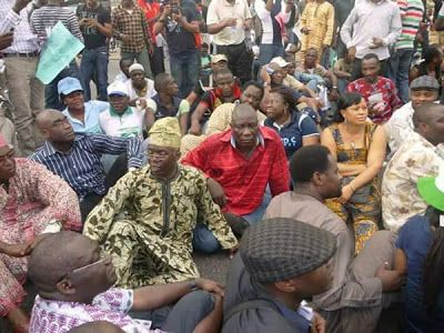 Throwback Photo Of Falana Protesting Against Fuel Price Hike In 2012