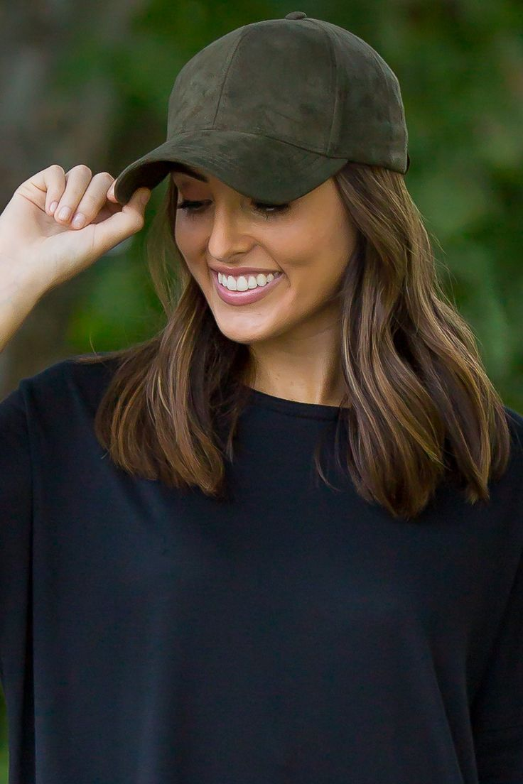 - women fashion hat - suede baseball cap - 100% polyester - side adjustable - high quality ** C.C product