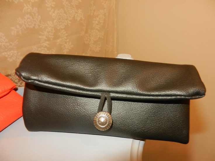 tobacco handmade case black leather*