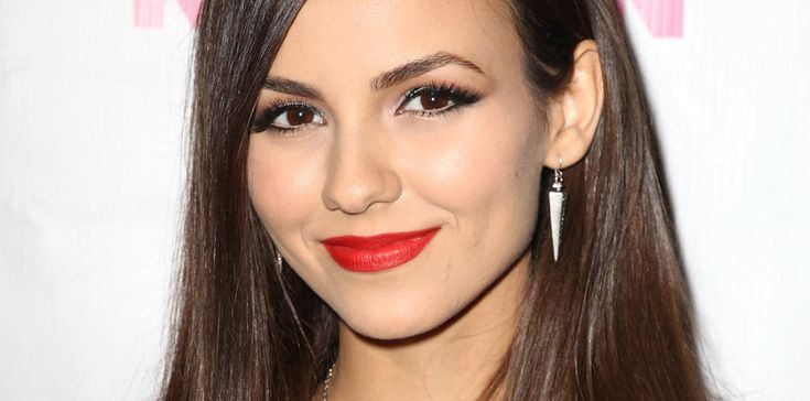 There is no justice -- Victoria Justice's brows are too good.