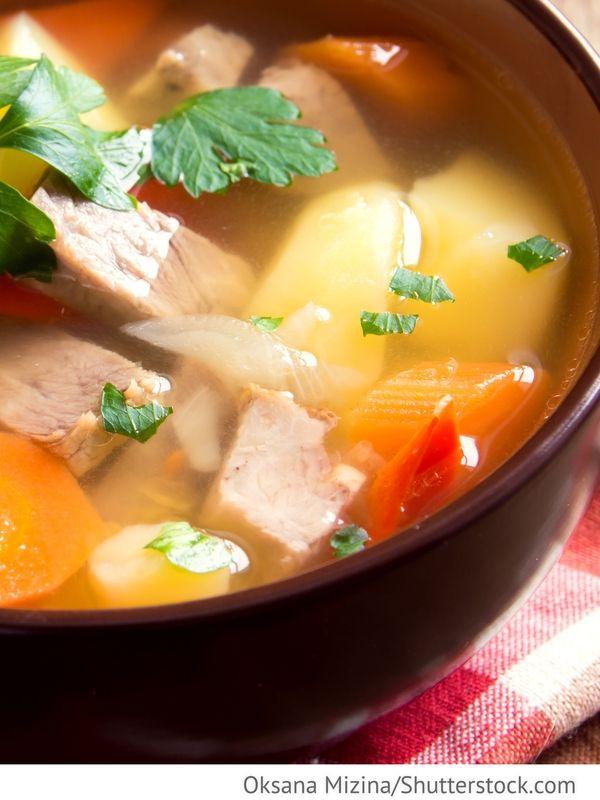 Möhrensuppe mit Fleisch Morkownij sup s mjasom - Морковный суп с мясом - Russische Rezepte