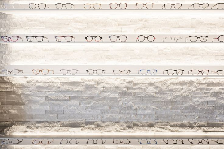 Beltrami Natural Stone/ Beltrami Natuursteen - Opticien/ Optiek - Store/ Winkel - Design - Woodstone Grey Skintouch - Glasses/brillen - Counter/ Toonbank- Stonestrips/steenstrips - @atelierlievois