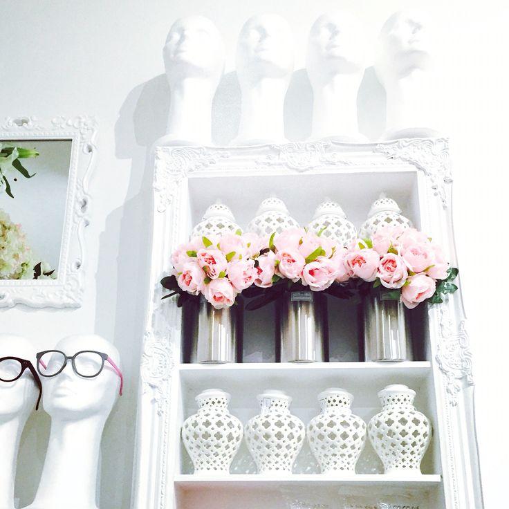 Maison Helsinki loves white, baby pink and vintage style eyeglasses