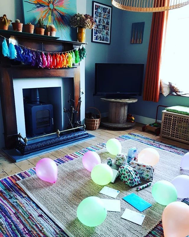 Happy Birthday to our wee sprog! He's 2 today!? He had a lie in until nearly 8.30 so we had plenty of time to rainbow-afy the living room this morning 😁🌈🙌🏼🎂 . Happy Bithday to @gorwelmon and her little chap! Hope you have a lovely day 😁xx . . . . #happybirthday #2today #toddlerlife #balloons #colourfulinteriors #interiors #interiorinspo #interior123 #homedecor #intetiorstyling #hyggehome #rainbow #tassels #diy #crarfternoon
