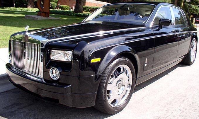 Google Image Result for http://www.thinkvip.com/wp-content/uploads/2012/04/Luxury-Car.jpg