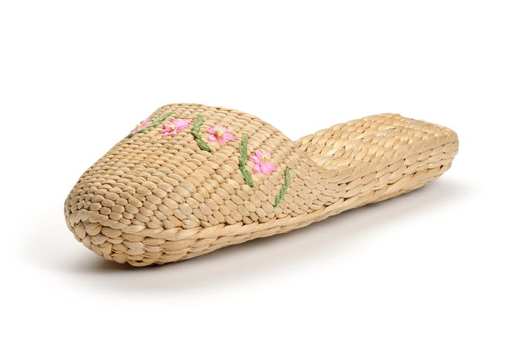 Slippers, Flower and Embroidered flowers on Pinterest
