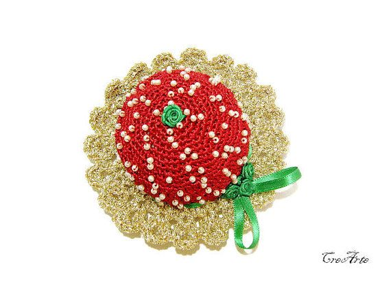 Crochet Pincushion Christmas Pincushion Handmade by CreArtebyPatty