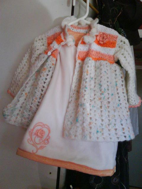 Kåpe og kjole 3år str