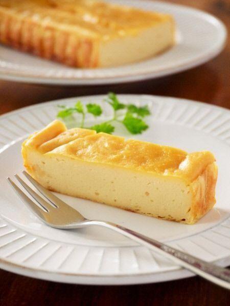 混ぜて焼くだけ!チーズを使わない「ヘルシーチーズケーキ」の作り方