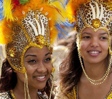 #Voyage #Rio : Des envies de #samba ? Prenez vite un billet pour le #carnaval de Rio fin février début mars. #CompareDabord : http://www.comparedabord.com/voyages/vols