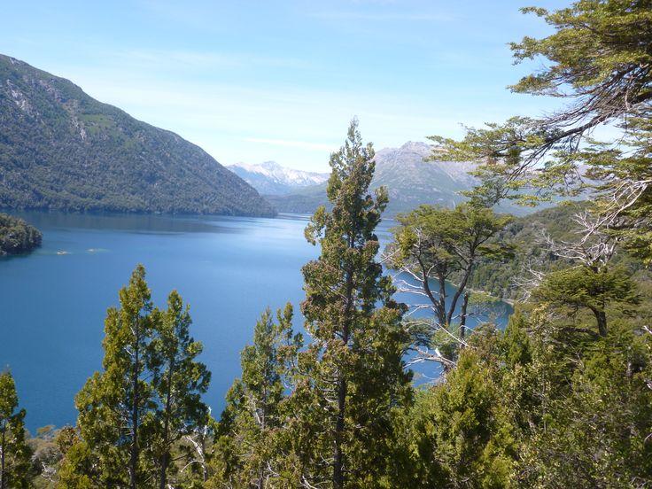 Vista desde el Mirador del Lago Mascardi.