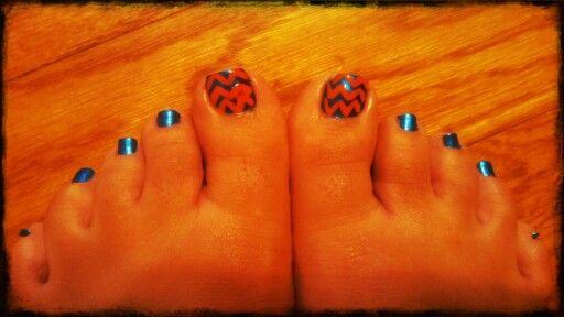 UF Gator Nails, Orange and Blue, Chevron toe nails, Ready for Gatornation Football!
