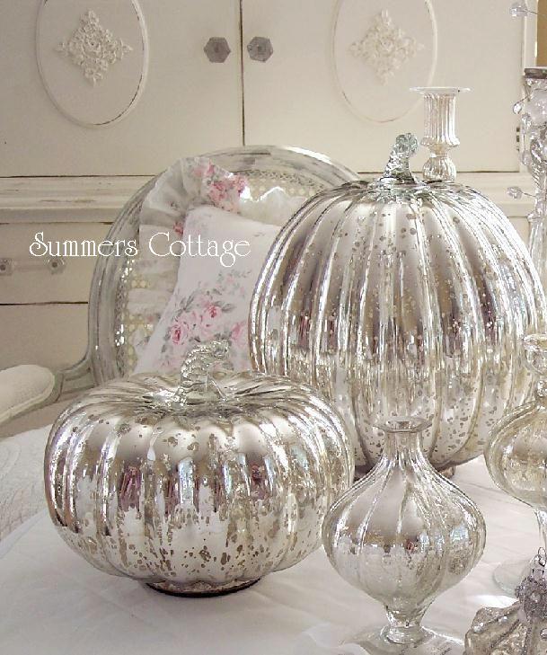 ANTIQUED SILVER MERCURY GLASS PUMPKIN HOLIDAY THANKSGIVING CHRISTMAS HALLOWEEN