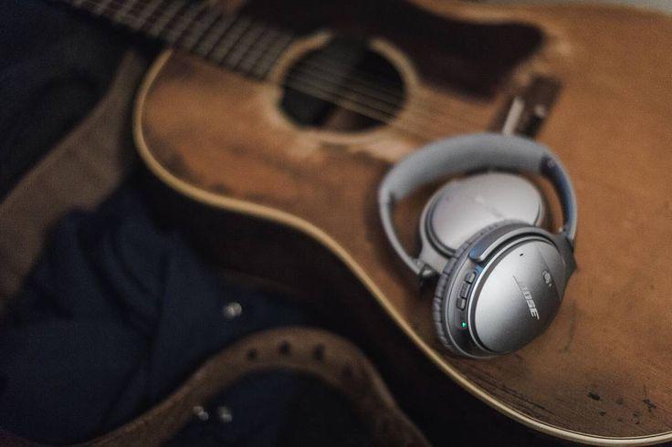 La marque Bose est le spécialiste dans le développement, la construction et la vente d'enceintes, de systèmes audio domestiques, professionnels et embarqués haut de gamme.   www.audio-connect.com   #bose #bastille #paris #hifi #performance #hightech #music #summer #2017 #holidays #headphones #guitar #melody #musician