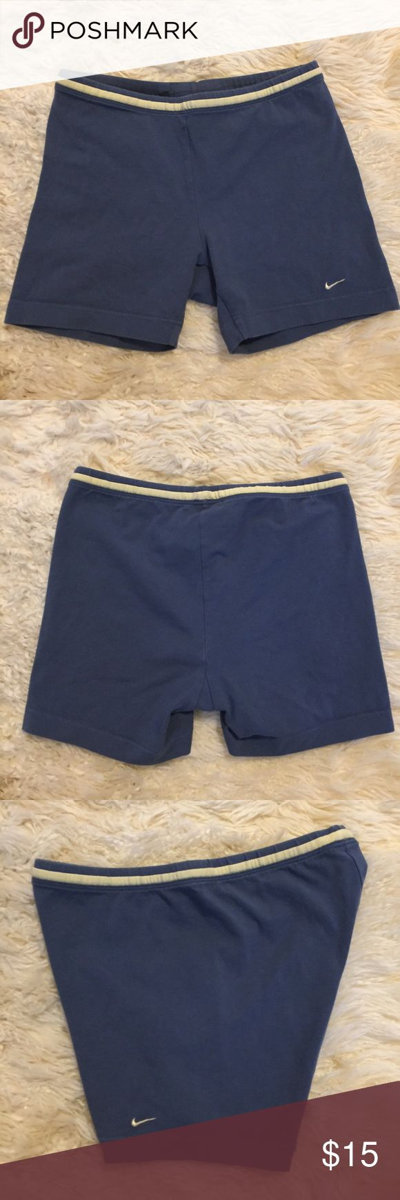 NIKE  COTTON SHORTS Gray, NIKE SHORTS.  90%cotton, 10% spandex.  Size M.  Pre owned, good condition, pet/smoke free home Nike Shorts