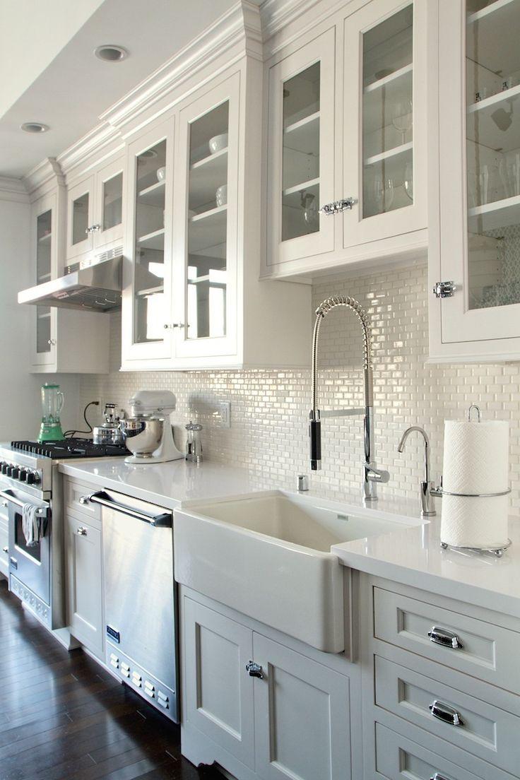 Mini version in Thassos Marble. daniel-lowe-kitchen-classic-hardware-mini-white-subway-tile