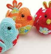 Heidi Bears BlueBird of Happiness (fiori africani) - Regali Crochet gennaio 2014