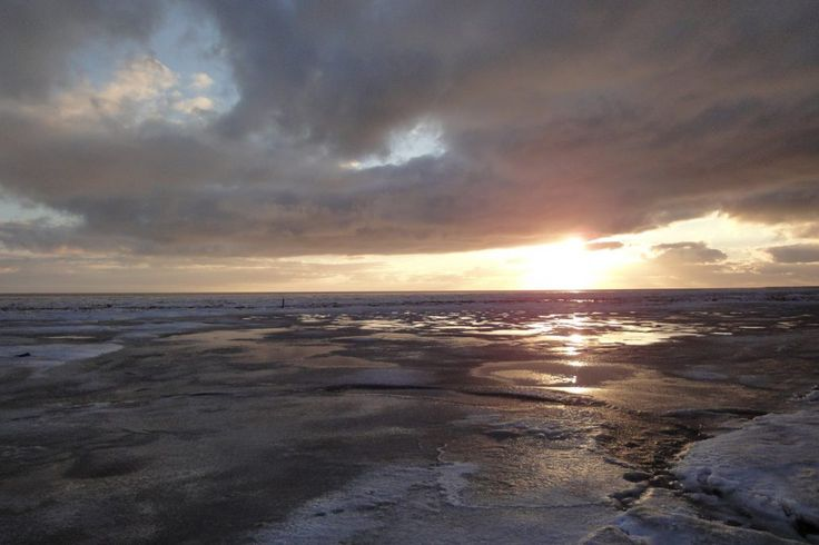 Terschelling-Wad-Oostereind-Wierschuur - Winter, wad bedekt met ijs www.pieterbroertjes.nl