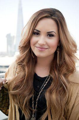 Mi música favorita es pop música. específicamente música de Demi Lovato.