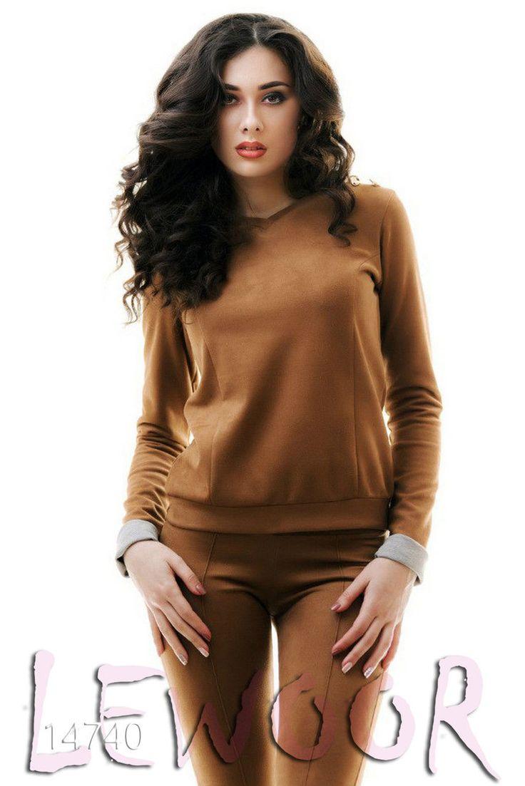 Приятный замшевый костюм для молодёжи - купить оптом и в розницу, интернет-магазин женской одежды lewoor.com