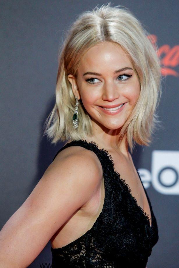 Jennifer Lawrence cremig blonde Haarfarbe trends 2017 ...