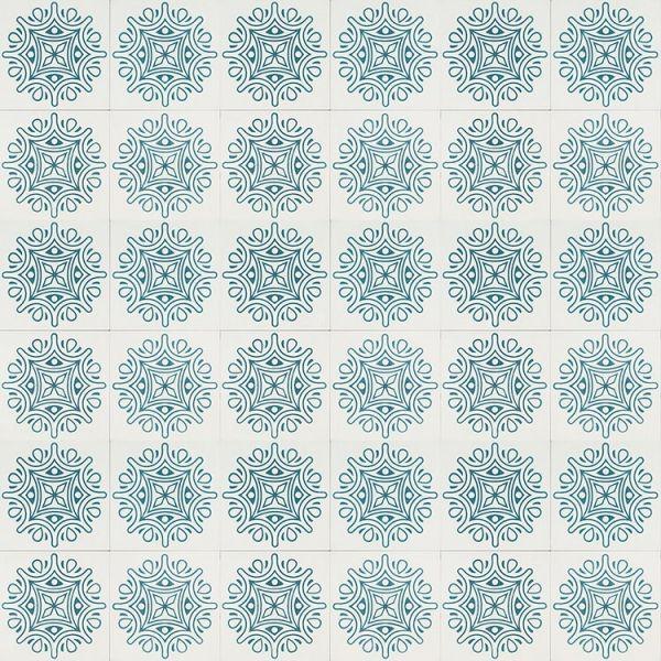 White and Blue Maharani