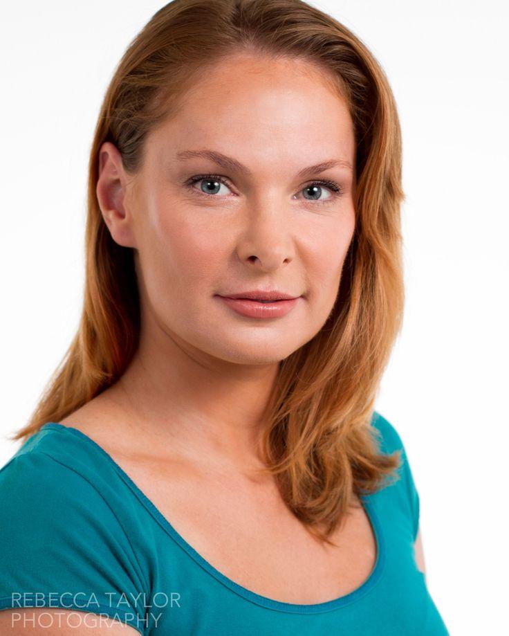 Actor headshot -  Vanessa Bristow www.rebeccataylor.com.au