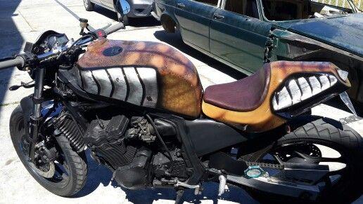 Preditor bike   by KENT CUSTOMS