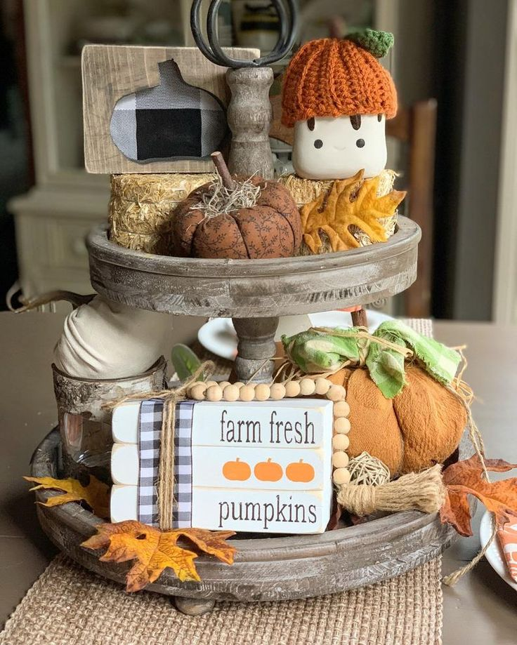 30 Rustic DIY Thanksgiving Decoration Ideas With Pumpkins