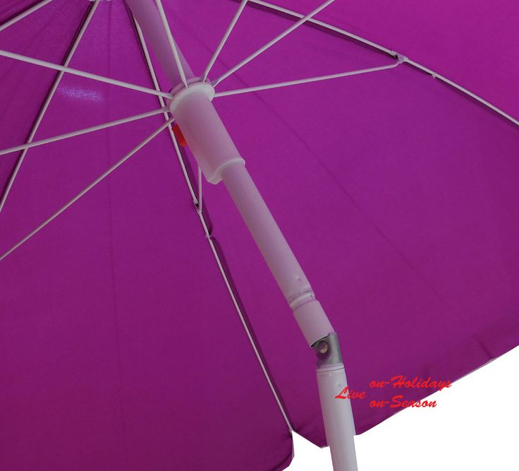 Περάστε ξέγνοιαστες στιγμές στη θάλασσα, προστατεύοντας εσάς και τα αγαπημένα σας πρόσωπα από τον καυτό ήλιο, με μια ομπρέλα παραλίας! https://www.on-holidays.gr/view_cat.php?cat_id=218
