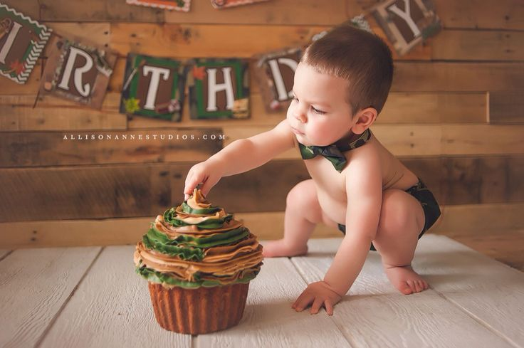 Giant camo cupcake for first birthday pics!!