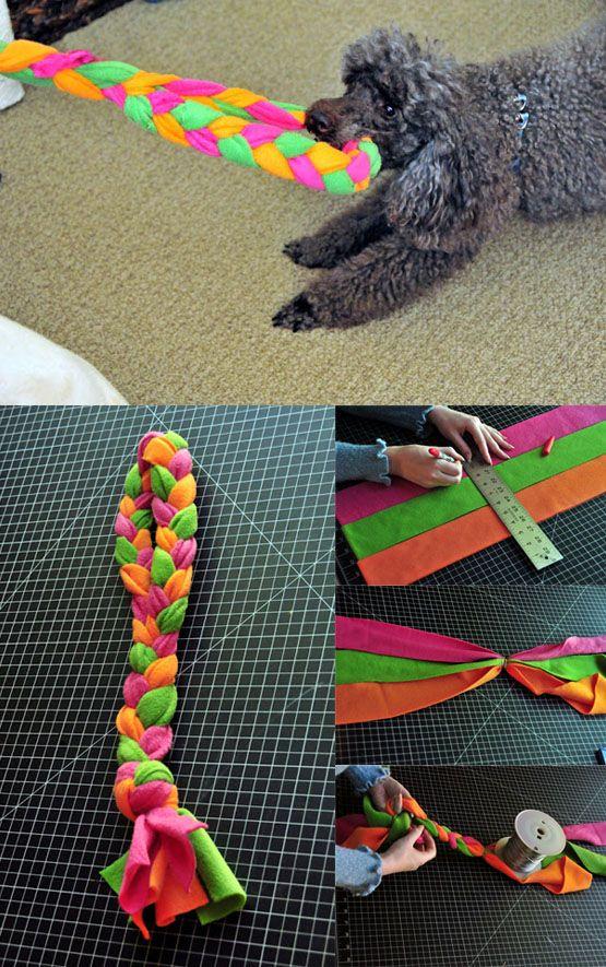 Juguete de tela para nuestro perro / http://theworkisgettingtome.blogspot.com.es/