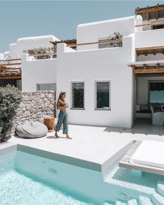 """@belenhostalet wearing the #TomasPants while holidaying around Mykonos, Greece #faithfulltravels"""