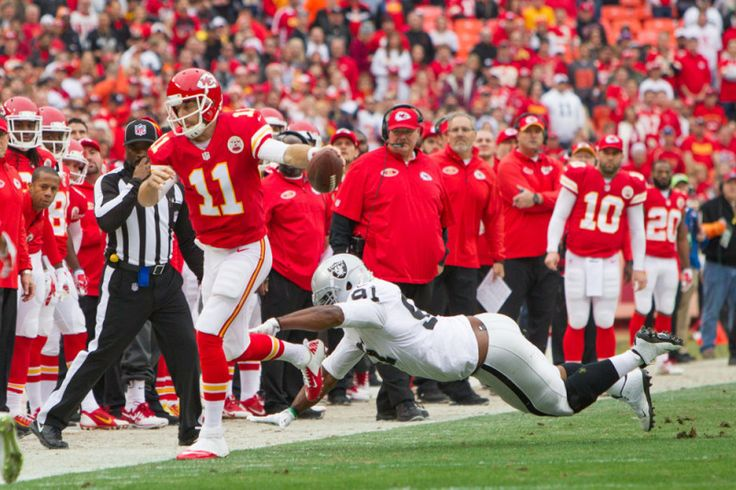 Conflicting reports on whether the Chiefs monitor Broncos score...: Conflicting reports on whether the Chiefs monitor… #BroncosScore