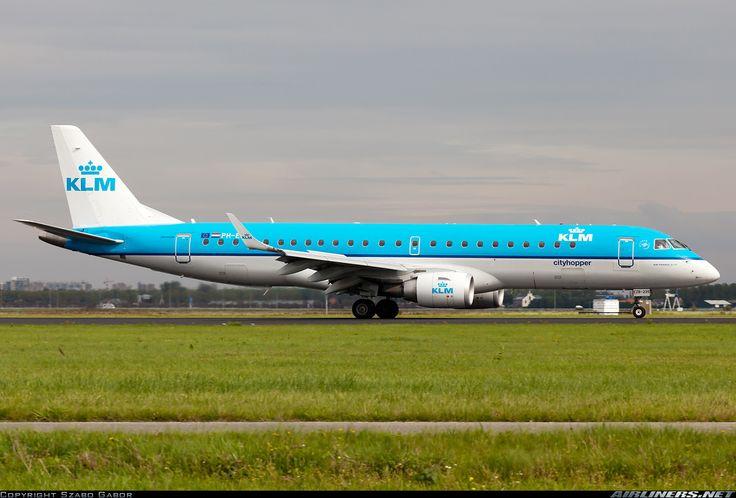 Embraer ERJ-190STD, KLM Cityhopper, PH-EZB, cn 19000235, KLM Cityhopper delivered 16.12.2008. His last flight 1.5.2016 Florence - Amsterdam. Foto: Amsterdam, Netherlands, 4.9.2011.