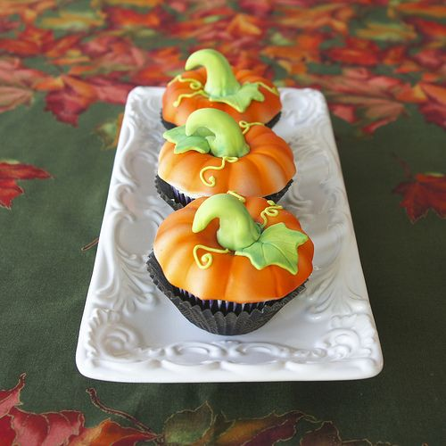 Pumpkin patch cupcakes | Flickr - Photo Sharing!