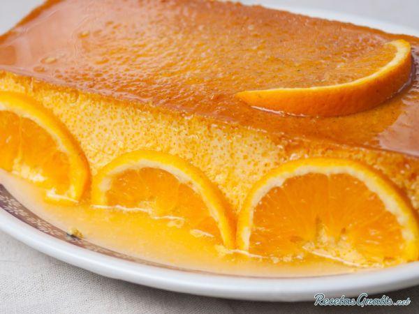 Aprende a preparar pudin de naranja con Thermomix con esta rica y fácil receta.  La thermomix brinda un universo de posibilidades a la hora de preparar postres y...