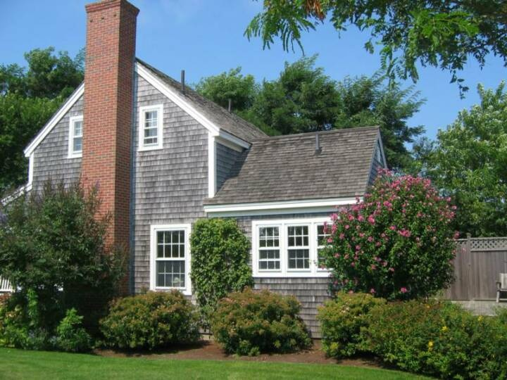 Love the cedar shingles and white wood windows design for Nantucket shingles