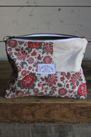 1930's era Floral Feedsack Utility Pouch - FORESTBOUND