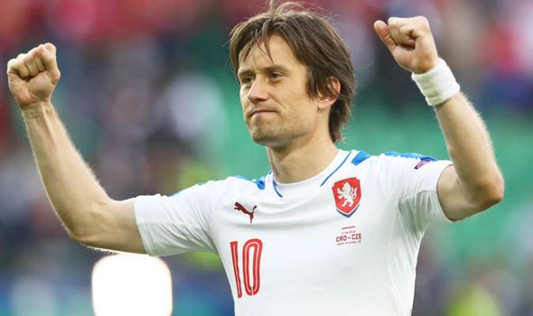 Tomas Rosicky: Former Arsenal and Borussia Dortmund star retires after injury hell    via Arsenal FC - Latest news gossip and videos http://ift.tt/2kOSQPC  Arsenal FC - Latest news gossip and videos IFTTT