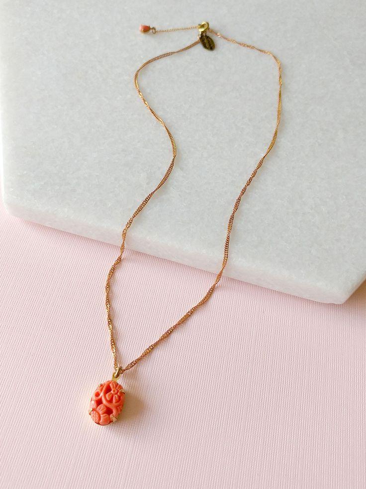 Coral Charm necklace by Sandrine Devost    #coralnecklace  #breloquenecklace #charmnecklace #brassnecklace #shophandmade
