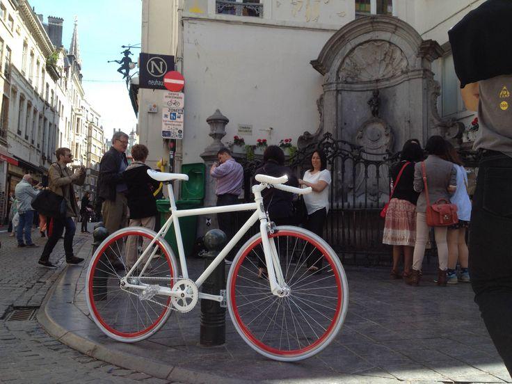Benoit's Custom FunkedUp fixed gear bicycle in Brussels