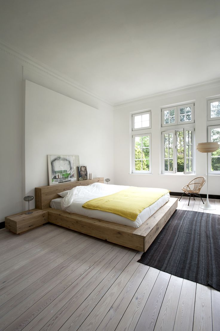 Simple bedroom design is a recipe for a good night 39 s sleep for Simple small room decoration