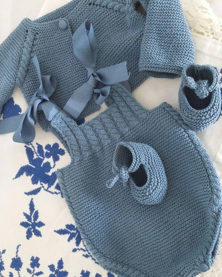 Conjunto bebé Blue Jeans de Natura Just Cotton DMC #handmade #babyclothes #tricotbaby #puntobebe #hechoamano #bebe #ropabebe #Tricotbymuguete #dmc #knitting #knittingbaby