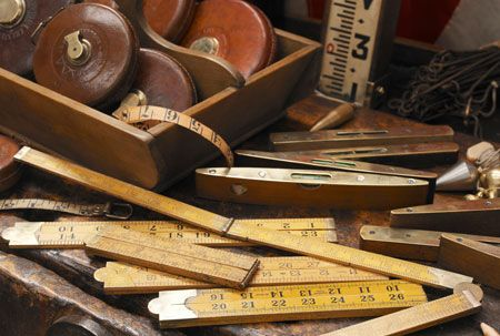 Vintage Tools....I would live to find some of those rulers measuring sticks or whaterver they once called them.